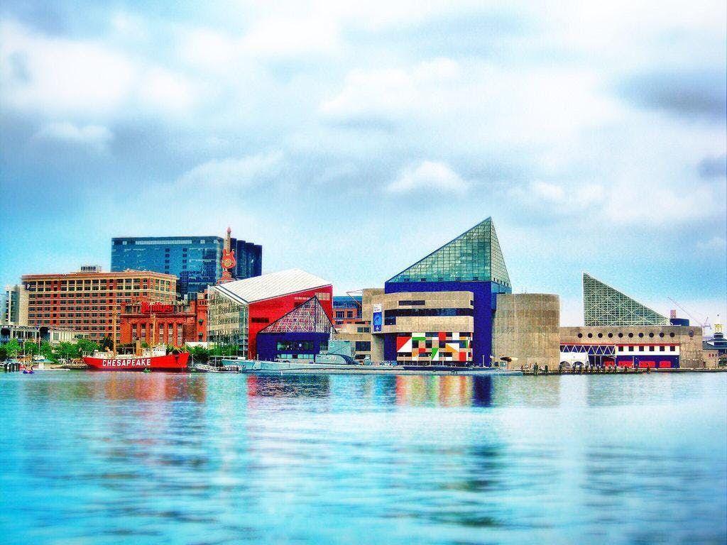Baltimore Inner Harbor and National Aquarium Bus Trip
