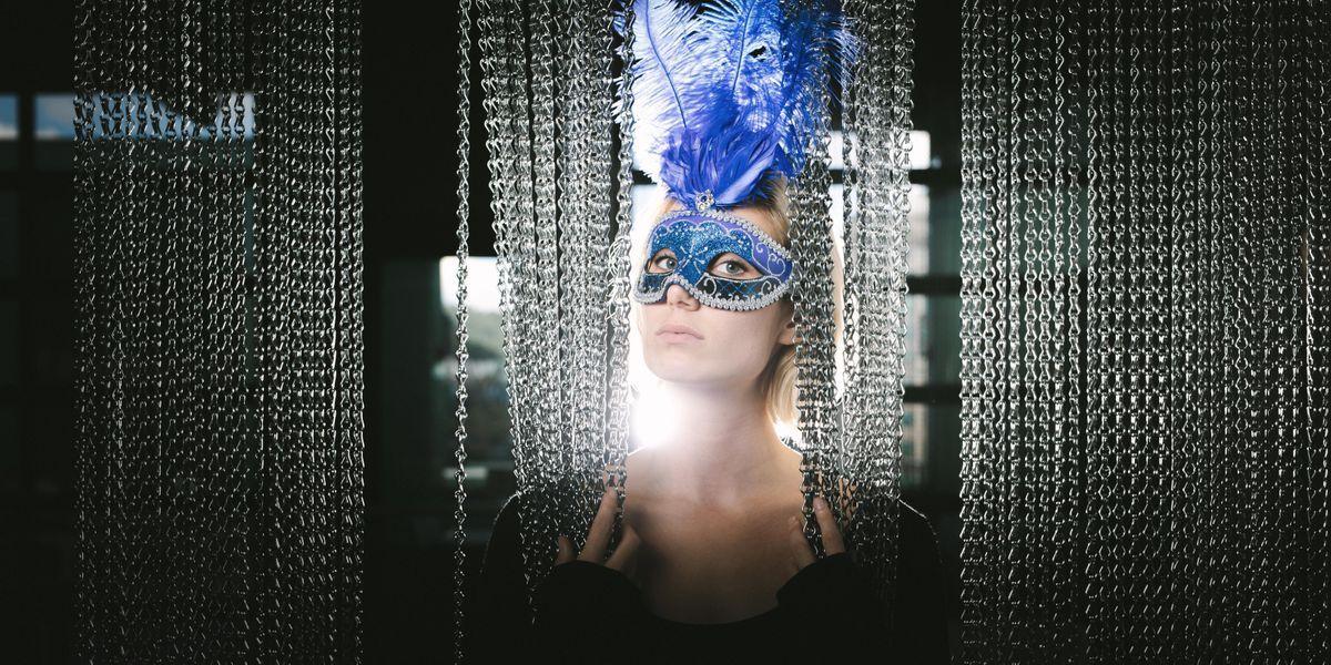 Capella on 9s Midnight Masquerade