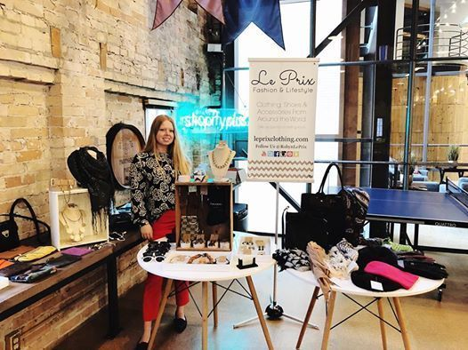Le Prix POP UP Holiday accessories and clothing